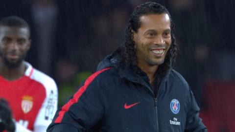 Ronaldinho tillbaka i Paris - härliga bilder inför stormatchen