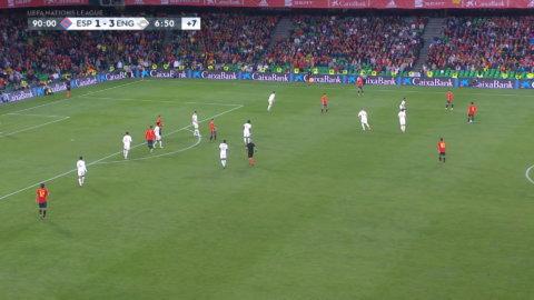 Spanien reducerar med bara sekunder kvar