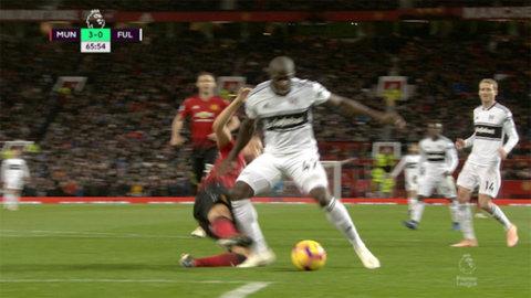 Fulham reducerar - efter Kamaras straff