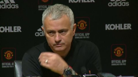 """Mourinho om Pogba: """"Måste spela med samma mentalitet som laget spelar med"""""""