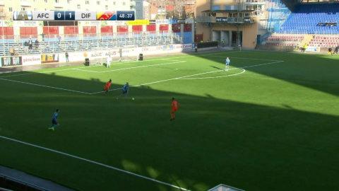 Buya Turay gör sitt andra mål för dagen mot gamla klubben