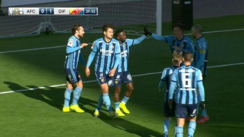 Jättebjudning av AFC-målvakten - Buya Turay gör 1-0.