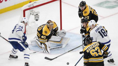 Johnssons assist bakom Torontos seger i Boston - kopplar greppet i åttondelen