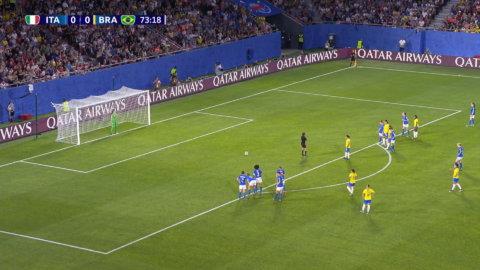 Marta ger Brasilien ledningen från straffpunkten