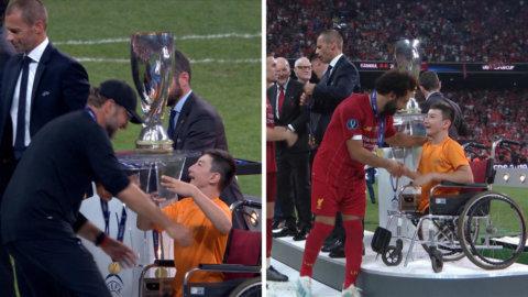 Pojkens stora lycka efter matchen – tackas av samtliga spelare och ledare