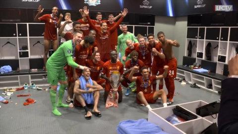 Så firade Liverpool titeln - i omklädningsrummet
