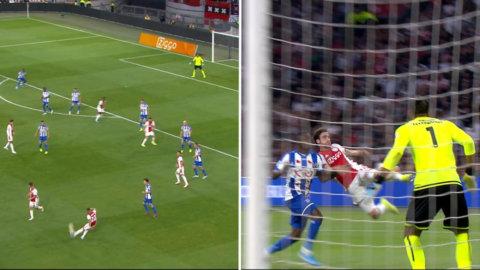Ajax-stjärnan slår till – med akrobatiskt volleymål