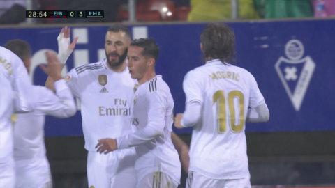 Real dominerar - Benzema utökar till 3-0