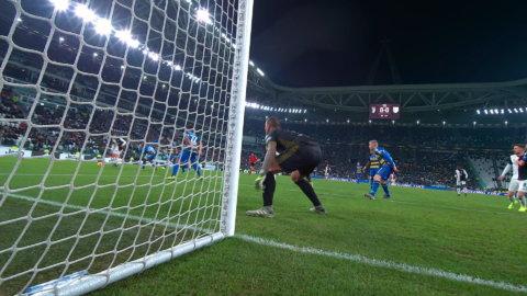 Ronaldo snurrar upp Gagliolo - testar avslut ur snäv vinkel