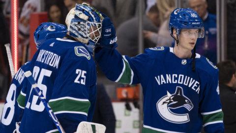 Svenskarna klev fram i Vancouvers tunga seger mot divisionsrivalen