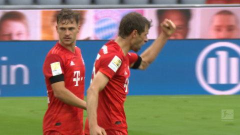 """Trotjänaren dubblar ledningen: """"Typiskt kantiga och aviga Müller"""""""