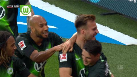 Wolfsburg nickar in ledningsmålet precis innan halvtid