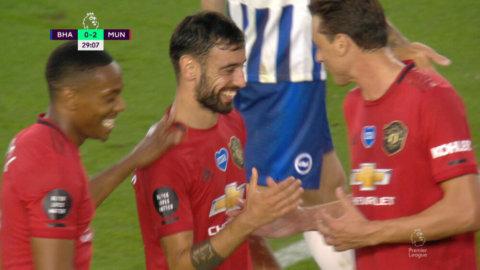 Fernandes hittar nätet - utökar ledningen för United