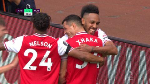 Arsenal ångar på - Xhaka trycker in 2-0