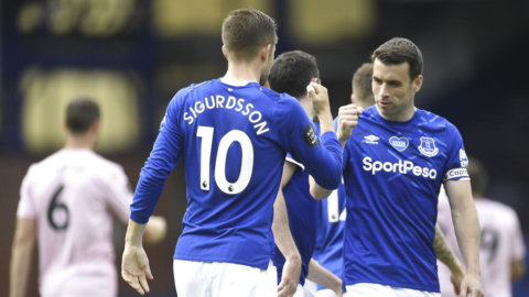 Everton hemmaslog Leicester - efter två snabba mål